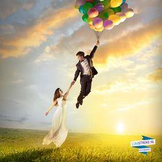 Welk kind (en volwassen kind) wil er nu niet de lucht in zweven met ballonnen? Met dit foto kunstwerk is dat mogelijk! Zie je kinderen of jijzelf met je partner, familie of vrienden over een idyllisch landschap vliegen. Marc maakt de foto's in onze studio en Joël tilt jullie digitaal naar grote hoogte. Een perfect kunstwerk voor huizen en gezinnen waar veel gelachen, gespeeld en gedroomd wordt. #Photoshop #fotobewerking #cadeau #creatief #trouwen