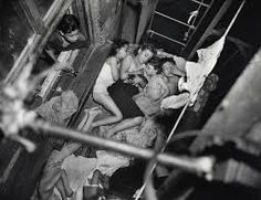 Children on Fire Escape, by Weegee. [[MORE]] The hot weather last night took Weegee, the photographer, to the lower East Side, where he found these children sleeping on a tenement fire escape at. Weegee Photography, Social Photography, White Photography, Landscape Photography, Photos Du, Old Photos, Vintage Photographs, Vintage Photos, Fotografia Social