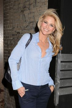 Christie Brinkley - chic and casual