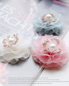 Tulle Bows, Tulle Flowers, Fabric Flowers, Paper Flowers Diy, Ribbon Art, Ribbon Hair Bows, Fabric Ribbon, Handmade Hair Accessories, Flower Hair Accessories