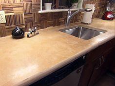 Concrete Kitchen Countertops Pictures Ideas From Hgtv Cost Of Concrete Countertops, Cost Of Kitchen Countertops, Kitchen Countertop Materials, Diy Concrete, House Paint Interior, Interior Design, Küchen Design, Modern Kitchen Design, Hgtv