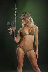 Fit blond bearing a battlearm rifle