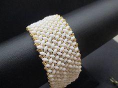 MariN.Art / náramok bielo - zlatý (duo) Bangles, Bracelets, Beadwork, Beaded Jewelry, Diamond, Art, Art Background, Pearl Embroidery, Pearl Jewelry