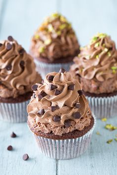 Chocolate Cannoli Cupcakes | Cooking Classy~T~ Love the topping made with ricotta and heavy cream.