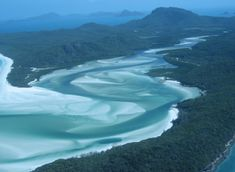 Luoghi surreali da visitare prima di morire: Spiaggia di Whitehaven sull'isola di Whitsunday, in Australia
