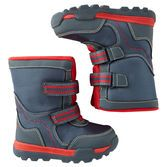 Perfect for building snowmen and making tracks in fresh snow, these boots have him totally prepared for snow days! Match them with a parka or snowsuit to keep him warm.