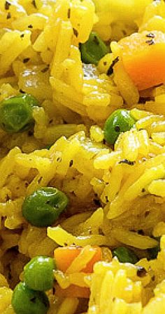 This Easy Vegetable Rice Pilaf is full of flavor and is made in just one skillet for a quick and easy side dish recipe! Easy Rice Recipes, Side Dish Recipes, Veggie Recipes, Vegetarian Recipes, Cooking Recipes, Rice Side Dishes, Side Dishes Easy, Pasta Dishes, Food Dishes