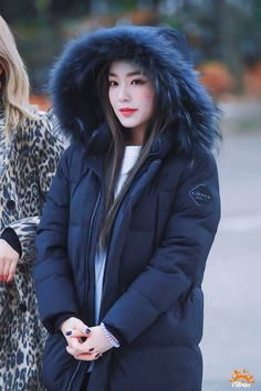 Seulgi, South Korean Girls, Korean Girl Groups, Fur Fashion, Winter Fashion, Asian Woman, Asian Girl, Irene Red Velvet, Korean Tv Shows