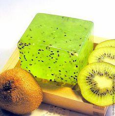 Handmade Cosmetics, Handmade Soaps, Diy Soap Video, Homemade Soap Recipes, Vegan Soap, Organic Soap, Soap Packaging, Home Made Soap, Bar Soap