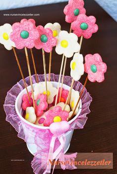 çocuklara doğum günü tarifleri, çiçek kurabiye, kurabiyeler, papatya kurabiye, nişastalı kurabiye, bonibonlu kurabiye nasıl yapılır, bonibonlu kurabiye ,