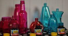 Já vamos começar este post te dando uma ótima notícia, que é a de que é possível usar vários tipos de tinta para pintar vidro, de acordo com o efeito que você busca para o seu artesanato. Pintar vidro pode ser bem fácil, se você escolher um tipo de tinta que já possua uma embalagem …