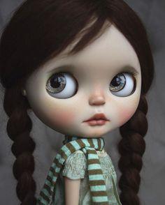 7fde46221ee8562ed4e40c818a15fa6b--blythe-dolls-baby-dolls.jpg (736×919)