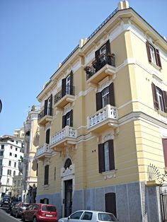 https://flic.kr/p/wi4GC6 | Liberty mansion at Via Tasso in Naples | www.flickr.com/groups/napolinobilissima/discuss/721576462...