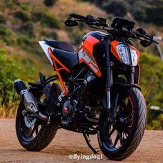 New ktm dirt bike Ideas Duke Motorcycle, Duke Bike, Bobber Motorcycle, Motorcycle Design, Ktm Dirt Bikes, Ktm Motorcycles, Yamaha Bikes, Ktm 125 Duke, Ktm Rc