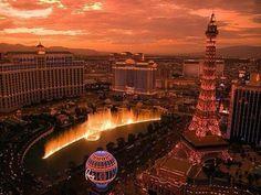 Las Vegas'ta gün batımı.