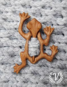 Мастерская Valdemar's products – 11 products - carving Wood Carving Designs, Wood Carving Patterns, Wood Carving Art, Bone Carving, Diy Wood Projects, Wood Crafts, Woodworking Projects, Diy And Crafts, Intarsia Holz