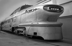 These trains in the 50s look so much cooler than the current ones we have now.