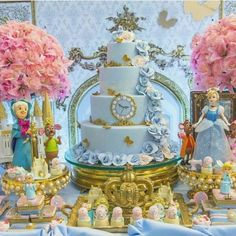 Quinceanera Party Planning – 5 Secrets For Having The Best Mexican Birthday Party Cinderella Quinceanera Themes, Cinderella Theme, Quinceanera Cakes, Cinderella Birthday, Princess Birthday, Princess Party, Cinderella Cakes, Cinderella Wedding, Birthday Party Desserts