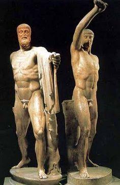 Grupo de los Tiranicidas, Museo Nacional de Nápoles. _Imágenes exentas: inicios de la escultura clásica.