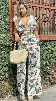 Look Fashion, Skirt Fashion, Fashion Dresses, Womens Fashion, Fashion Design, Casual Summer Outfits, Classy Outfits, Cool Outfits, Summer Dresses