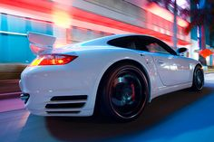 FOTOGRAFIA - Vive la experiencia del Need for Speed en esta foto a lo Porsche Nightlife