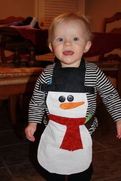 My Creative Stirrings: Children's Hug Me Snowman Apron Christmas Aprons, Christmas Sewing, Christmas Crafts, Sewing For Kids, Baby Sewing, Sewing Crafts, Sewing Projects, Snow Theme, Childrens Christmas