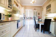Art Mirror Belsőépítészet, Konyhabútor | Rusztikus Kitchen Cabinets, Home Decor, Art, Art Background, Decoration Home, Room Decor, Cabinets, Kunst, Performing Arts