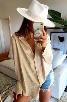 Petite Fashion Tips .Petite Fashion Tips Summer Fashion Trends, Spring Summer Fashion, Autumn Fashion, Italian Summer Fashion, Spring Fashion Outfits, Spring Summer Trends, French Fashion, Vintage Fashion, Fashion 2020