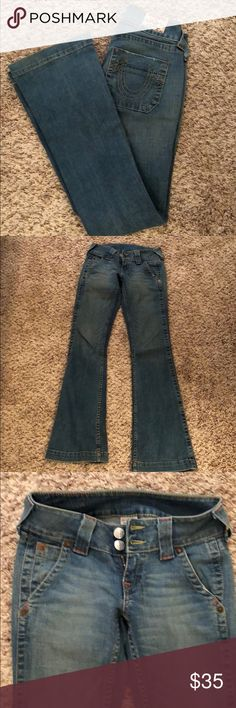True Religion Sammy Size 27.  Medium to light wash.  No flaws.  Factory nicking.  Very good condition. Inseam- 33 Rise- 7.5 True Religion Jeans Boot Cut