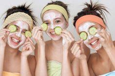 Limpieza de cutis profunda en 5 pasos: 1. Abrir los poros; 2. Exfoliar; 3. Mascarilla adecuada; 4. Astringente / cerrar poros; 5. Hidratante
