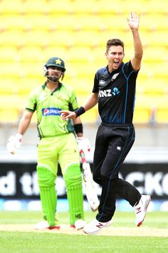 Ahmed Shehzad was the second wicket to fall, caught at the wicket off the bowling of Trent Boult. He made 15 and pakistan were in the over. Cricket Poster, World Cricket, Bowling, New Zealand, Pakistan, Photo Galleries, Two By Two, Lovers, Club