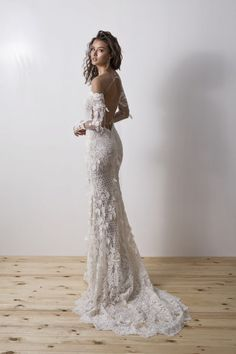 52 amazing boho wedding dresses with sleeves wedding dresses 2019 31 Diamond Wedding Dress, Boho Wedding Dress, Dream Wedding Dresses, Bridal Dresses, Wedding Gowns, Lace Wedding, The Dress, Dress Lace, Dress Collection