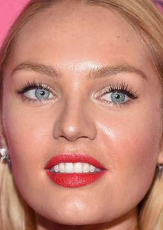 Close-up+of+Candice+Swanepoel+at+the+2015+Victoria's+Secret+Fashion+Show+after-party.