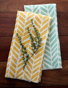 Any 2 Linen Tea Towels - Mix & Match | Etsymode | Scoop.it