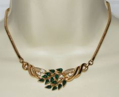 Vintage TRIFARI green & clear Rhinestone NECKLACE