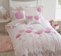 {BOUGHT}  Floret bedding set by Whimsy! How STUNNING is this set for a lil girls room..... omg sooooo in love! Cant wait for girls new white sleigh beds, as brought 2 of these fulls sets with cushions for girls new room