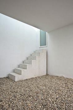 """subtilitas: """" Aires Mateus - House renovation in House in Príncipe Real, Lisbon 2008. Photos © Joao Morgago. """""""