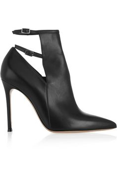 Shop Graceful Black Copy Leather Closed Toe Buckle Stiletto Heel Ankle Boots on sale at Tidestore with trendy design and good price. Come and find more fashion Ankle Boots here. Jason Wu, Jil Sander, Fendi Bracelet, How To Wear Leggings, Frauen In High Heels, Athleisure Fashion, Black Leather Ankle Boots, Leather Shoes, Ankle Straps