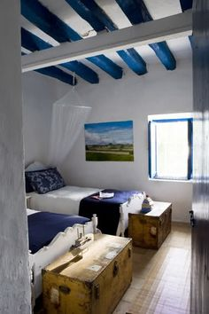 beach house flooded with light and freshness on the mediterranean ... - Landhauskchen Mediterran