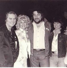 George Jones, Tammy Wynette, Waylon Jennings, and Jessi Colter. Country Music Stars, Best Country Singers, Country Western Singers, Best Country Music, Country Musicians, Country Music Artists, Legendary Singers, Famous Singers, Tammy Wynette