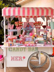 Princess Party Decorations, Birthday Party Decorations, Summer Cupcake Recipes, Candy Store Design, Old School Candy, Buffet Dessert, Food Cart Design, Candy Stand, Sweet Carts