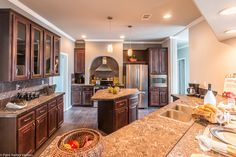 Check out the AMAZING kitchen in the Hacienda SCWD60T5 Home Floor Plan | Manufactured and/or Modular Floor Plans available from Palm Harbor Homes - www.palmharbor.com