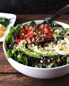 #HealthyRecipe // Vegetarian Cobb Salad Lentil Bowl