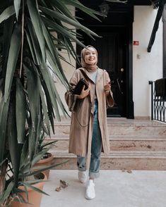 Hijab Fashion Summer, Modern Hijab Fashion, Street Hijab Fashion, Hijab Fashion Inspiration, Muslim Fashion, Hipster Outfits, Outfits Casual, Classy Outfits, Fashion Outfits