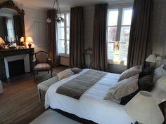 Suite Pam Grayburn - La Buissière Hotel particulier transformé en chambres d'hôtes proche de Paris et de Beauvais dans l'oise à Noailles pour vos week-ends