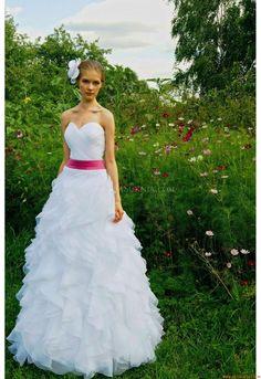 Herz-ausschnitt Maßgeschneiderte Exklusive Brautkleider aus Organza mit Band