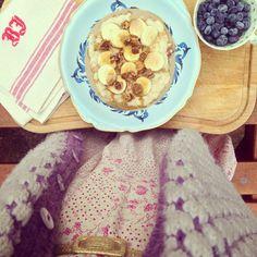 Give it a try the heart said!!!  http://alicewonderland2.blogspot.co.uk/2014/10/give-it-try-whispered-heart.html #breakfast #porridge #oatmeal #tahini #figs #banana #healthy