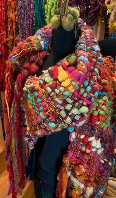 Ravelry: nickolena's Use up your art yarn wal Weaving Projects, Weaving Art, Loom Weaving, Hand Weaving, Peg Loom, Crochet Quilt, Textile Fiber Art, Weaving Techniques, Basket Weaving