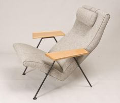 Robin Day, Reclining chair, 1952.