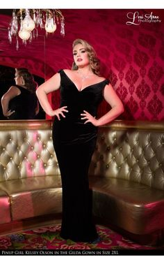 Laura Byrnes- The Laura Byrnes Gilda Gown in Black Velvet - Plus Size | Pinup Girl Clothing